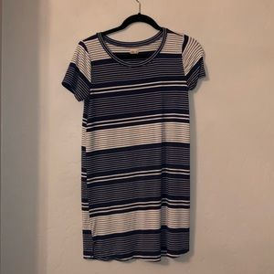 Blue and white Hollister t-shirt dress.